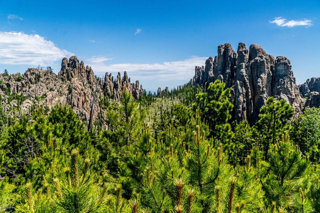 ultimate south dakota travel guide: little devil's tower
