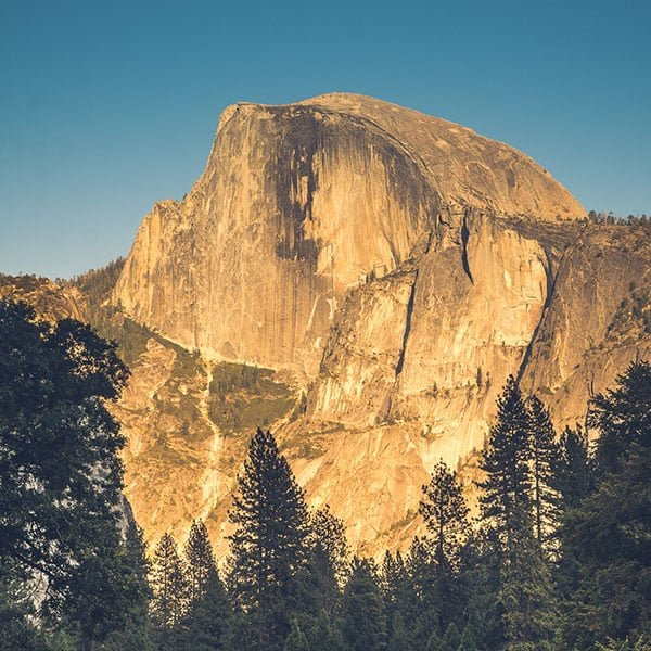 National Parks Guide: A photo of Half Dome in Yosemite National Park